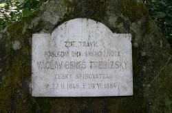 Pamětní desky a sochy trebizkeho_kamen_01